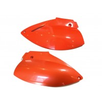 rear Seitenteile in orange, Startnummerntafel hinten, LC4 Side Panels, KTM LC4 Startnummernfelder